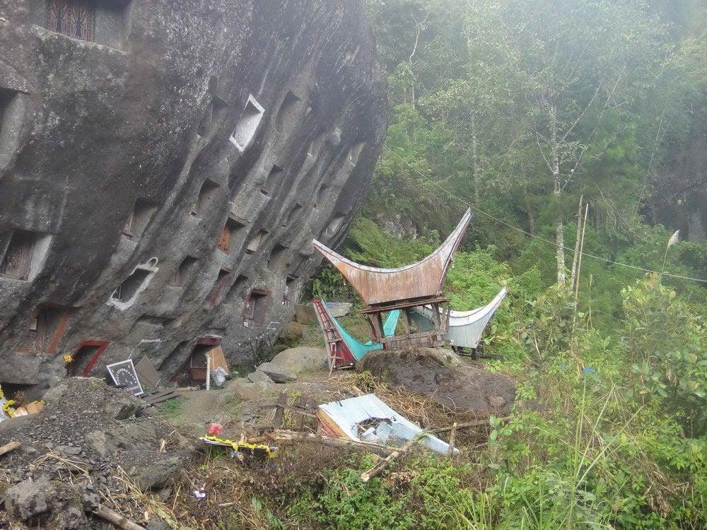 Redsvn-Tongkonan-Toraja-17
