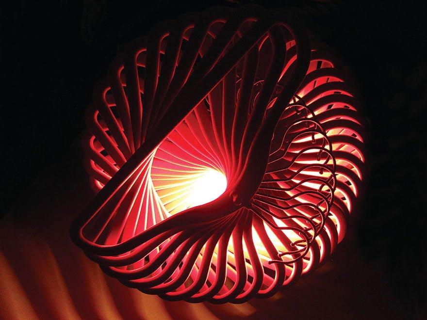 2576285 3 1 Đèn chùm trang trí làm từ những vật dụng không dùng nữa qpdesign