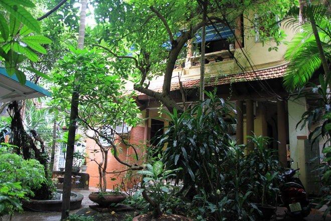 n25 1408328416 660x0 Nhà vườn 70 năm tuổi giữa phố cổ Hà Nội qpdesign
