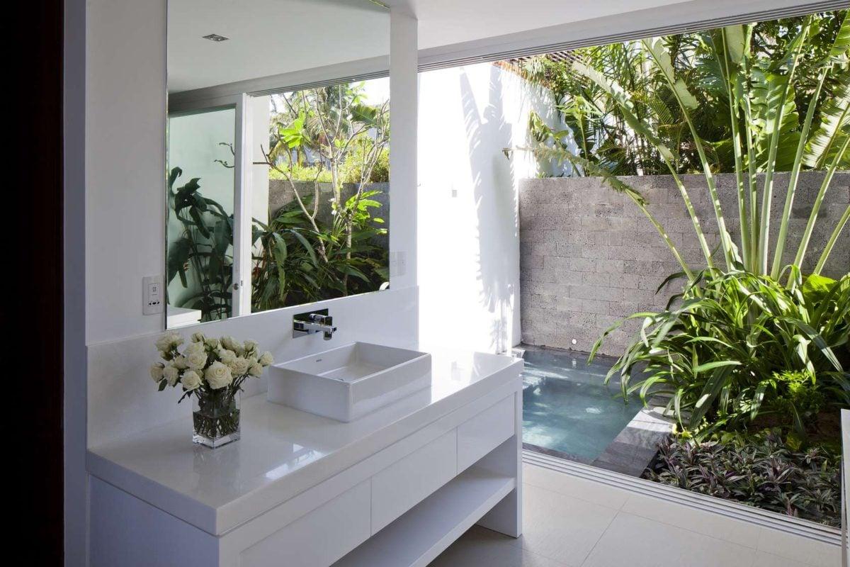 open air bathroom Oceanique, dự án biệt thự sát biển. qpdesign
