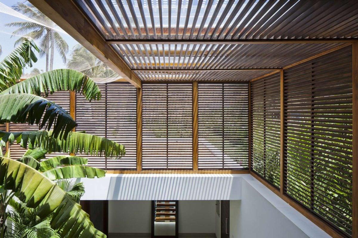 wood-shutter-design