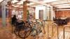 Đi xe đạp thoải mái trong văn phòng