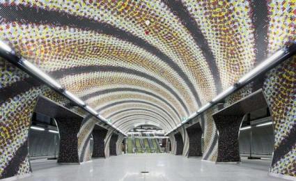 Chiêm ngưỡng những bến tàu điện ngầm đẹp nhất thế giới