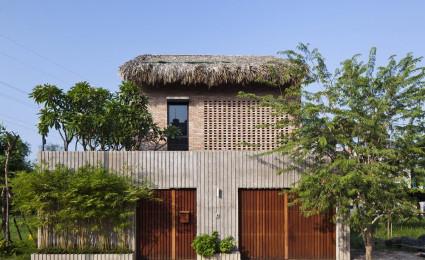 Ngôi nhà mái lá cực kỳ ấn tượng ở ngoại thành Sài Gòn