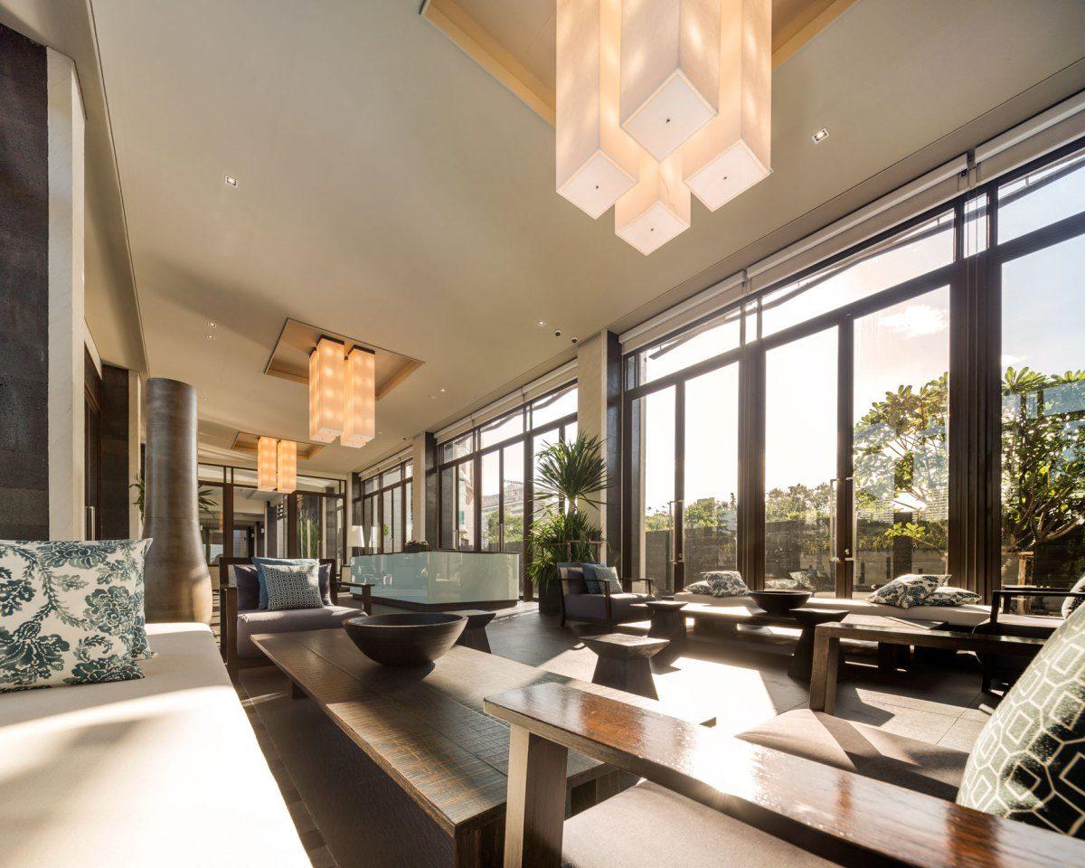 luxury-condo-lobby