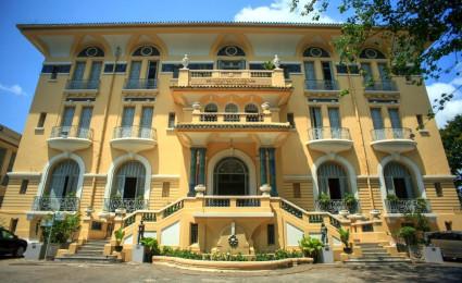Tham quan dinh thự hoàng tráng nhất Sài Gòn xưa