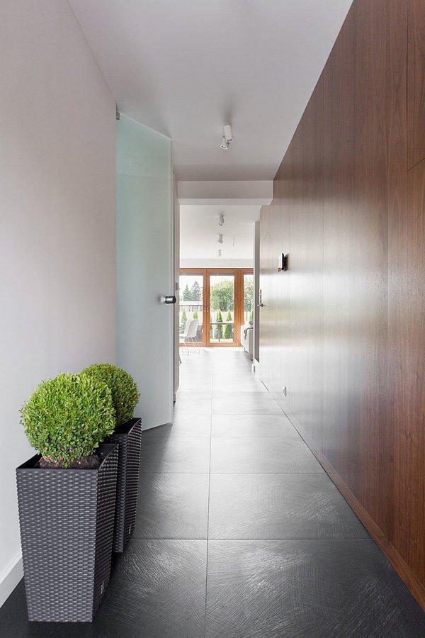 biet thu hien dai 142 Biệt thự phong cách minimalism tại Ba Lan qpdesign