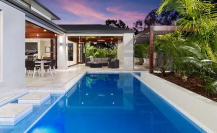 20 mẫu thiết kế hồ bơi tại nhà đẹp lung linh