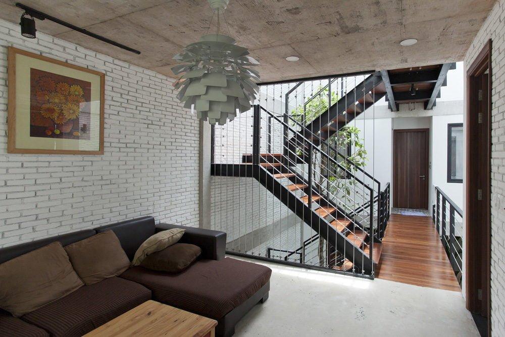 ngoi nha o sai gon 12 Ngôi nhà giữa nhà ở Sài Gòn thoáng đãng với vườn cây qpdesign