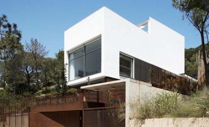Casa Cubo: Ngôi nhà trên đồi tại Tây Ban Nha.