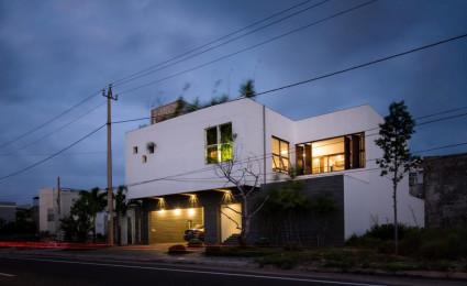 HL House: Thiết kế nhà phố  với 7 không gian xanh ở Quy Nhơn