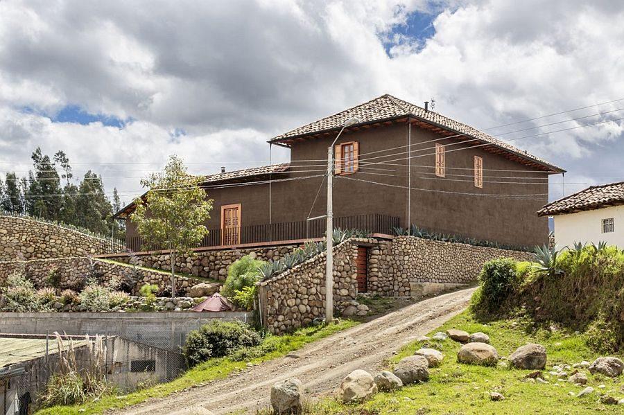 1513 Loma House: Ngôi nhà kết hợp vẻ đẹp truyền thống và hiện đại tại Ecuador qpdesign
