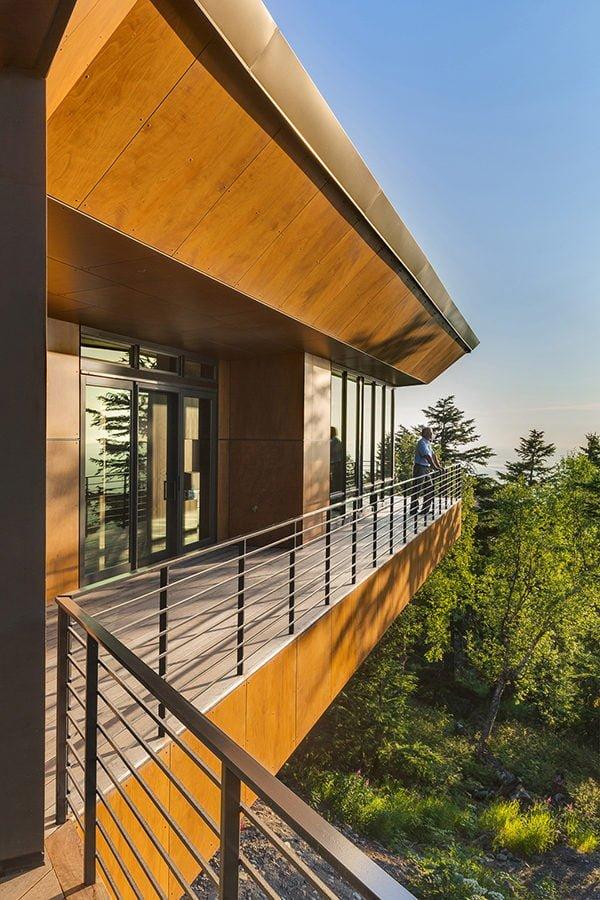 biệt thự hiện đại trên núi 3