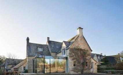 Yew Tree House: Sự kết hợp thú vị giữa kiến trúc cổ điển và nội thất hiện đại