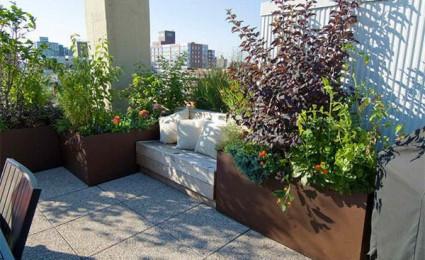 Cải tạo sân thượng thành khu vườn lãng mạn