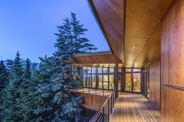 biệt thự hiện đại trên núi 4