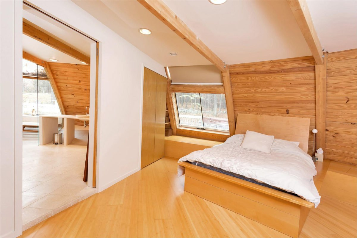 sloped-roof-bedroom