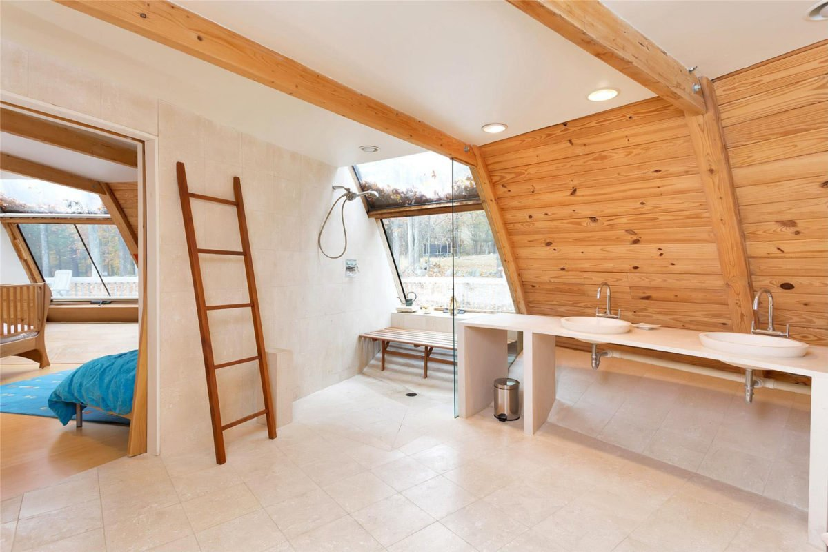 wood-panel-bathroom-design