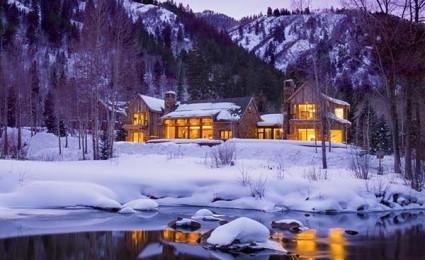 Morningstar Residence – Biệt thự mộc mạc và lãng mạn giữa núi tuyết