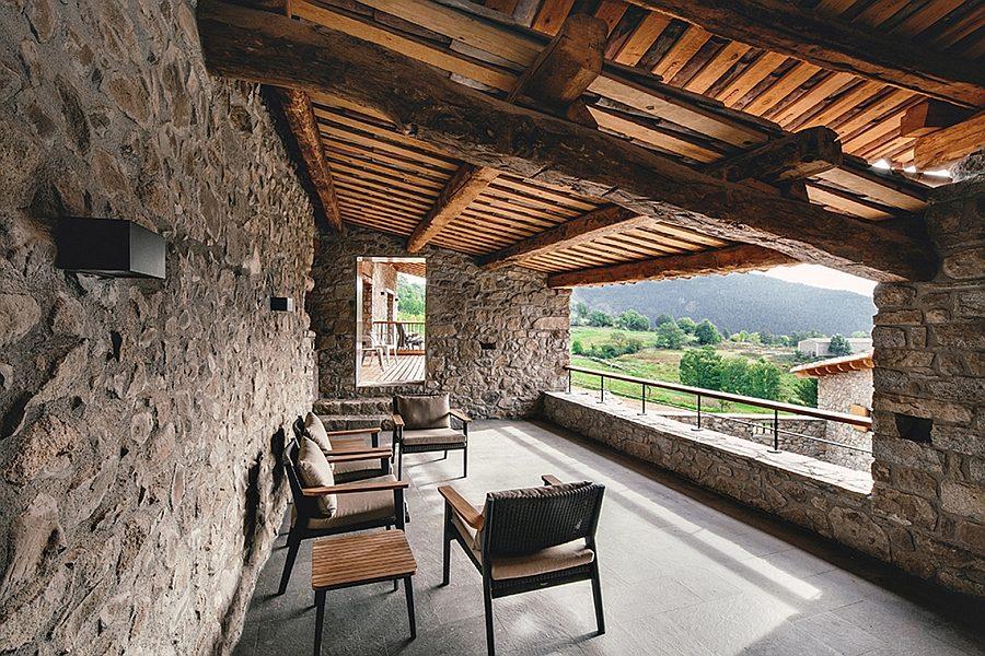 Nông trại cũ được cải tạo thành một không gian sống hiện đại