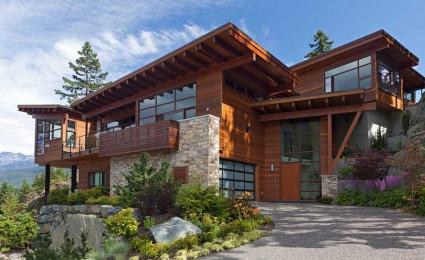 Biệt thự nghỉ dưỡng gỗ trên sườn đồi thơ mộng tại Canada