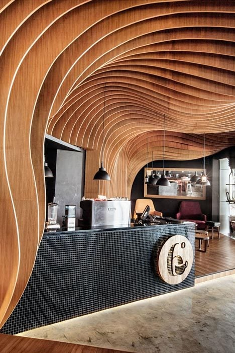 370 Six Degrees Cafe   Thiết kế cafe độc đáo tại Indonesia qpdesign