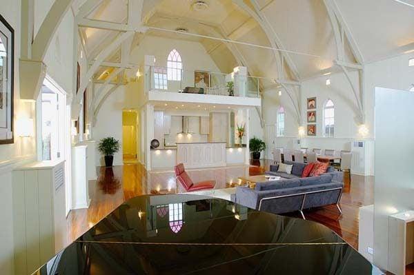 376 Nhà thờ được cải tạo lại thành một không gian sống hiện đại và tiện nghi qpdesign