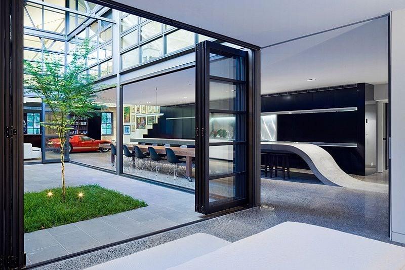 Cải tạo nhà kho cũ thành một không gian tiện nghi cho cả gia đình