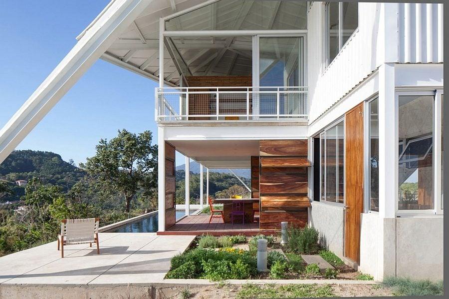 852 Biệt thự nghỉ dưỡng ấn tượng với mái nhà độc đáo qpdesign