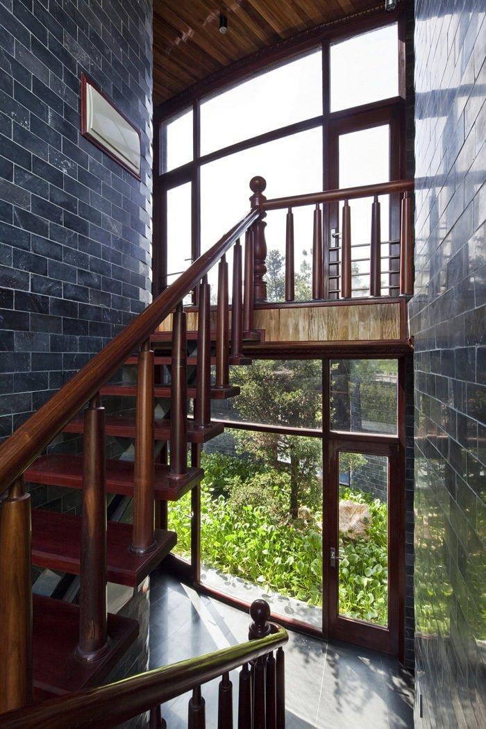 10 1398138909 1200x0 Ngôi nhà đá phủ cây xanh giành giải Kiến trúc xanh Việt Nam qpdesign