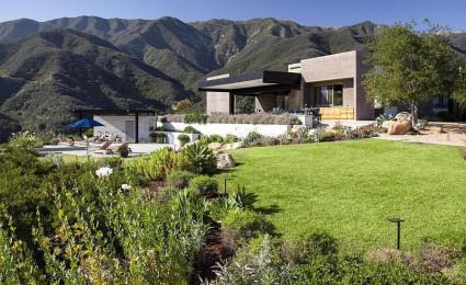 Toro Canyon House – Ngôi nhà hiện đại nằm trên sườn đồi