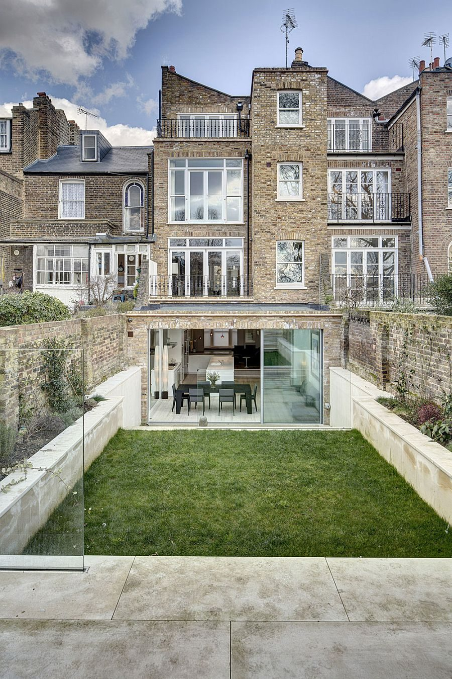 Nhà phố tại London với thiết kế không gian mở ấn tượng