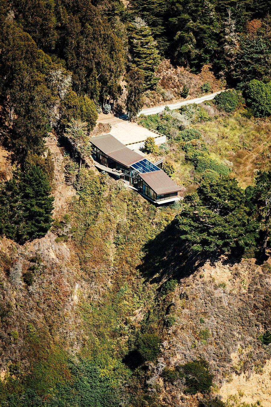 ngôi nhà trên vách núi 19