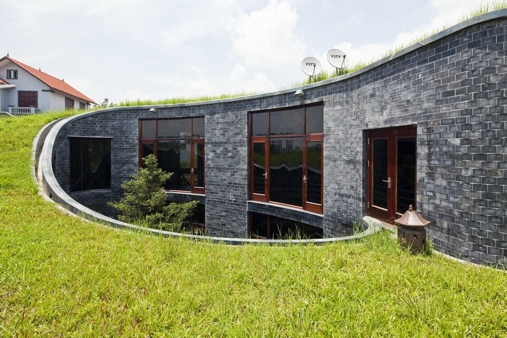 4 1398138907 1200x0 Ngôi nhà đá phủ cây xanh giành giải Kiến trúc xanh Việt Nam qpdesign