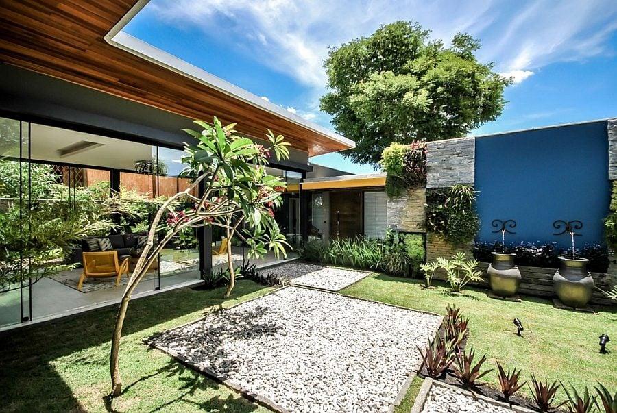 546 Thiết kế nhà ở hiện đại nhưng vẫn phù hợp với cảnh quan qpdesign