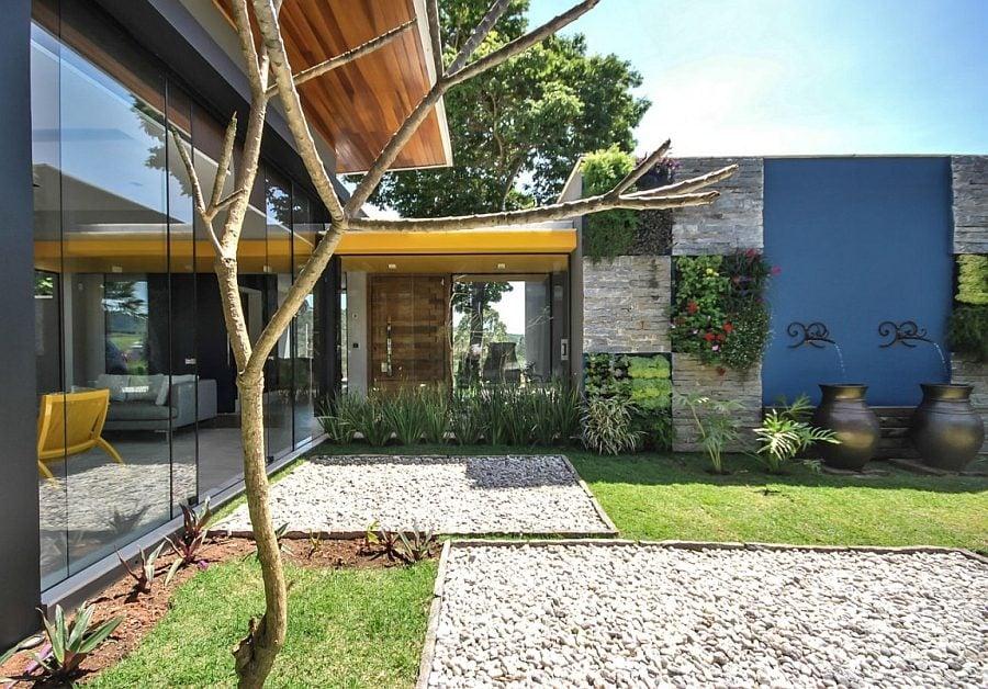 646 Thiết kế nhà ở hiện đại nhưng vẫn phù hợp với cảnh quan qpdesign