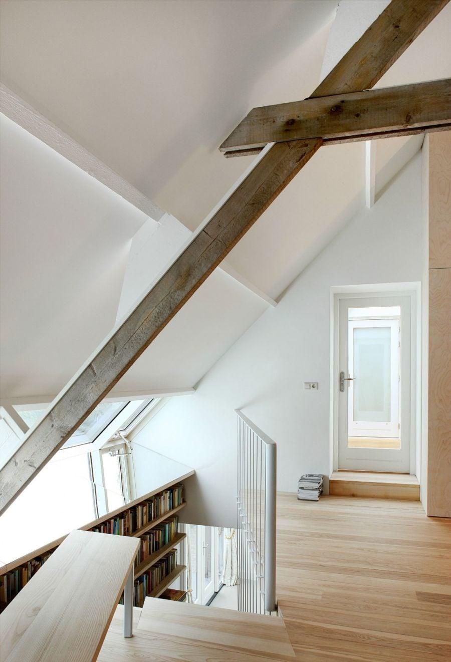 714 House G Ngôi nhà đẹp và ấn tượng được cải tạo từ một kho thóc cũ qpdesign