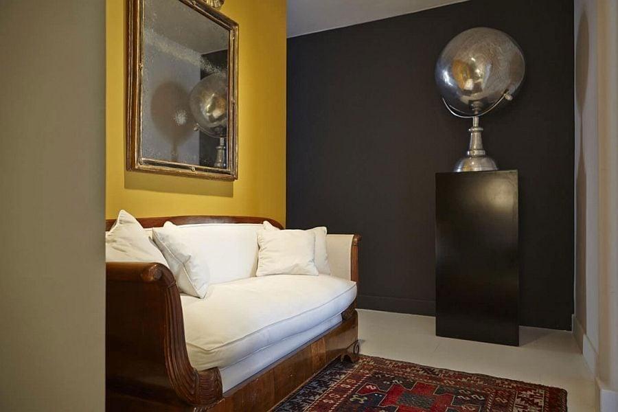 939 Thiết kế nội thất táo bạo và đầy màu sắc của ngôi nhà tại Tây Ban Nha qpdesign