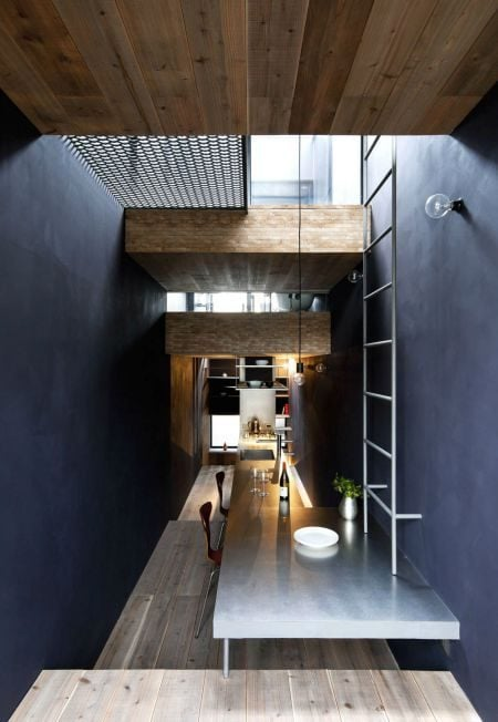 Toshima-long-and-narrow-house-dining-area-1439462000_1200x0