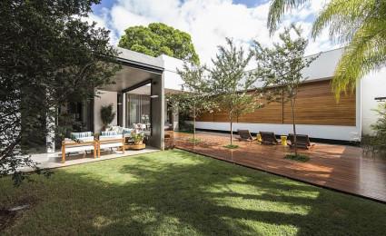 RMJ Residence – Ngôi nhà với nhiều không gian xanh tại Brazil