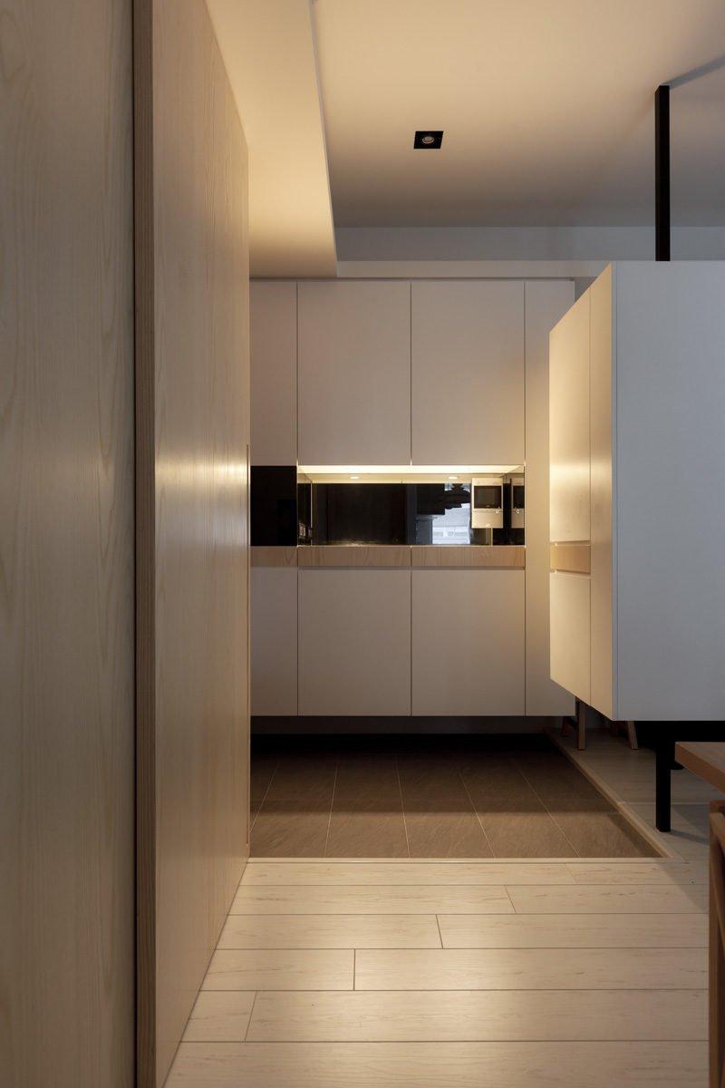 Nội thất trang nhã của ngôi nhà với nội thất hoàn toàn bằng gỗ tự nhiên