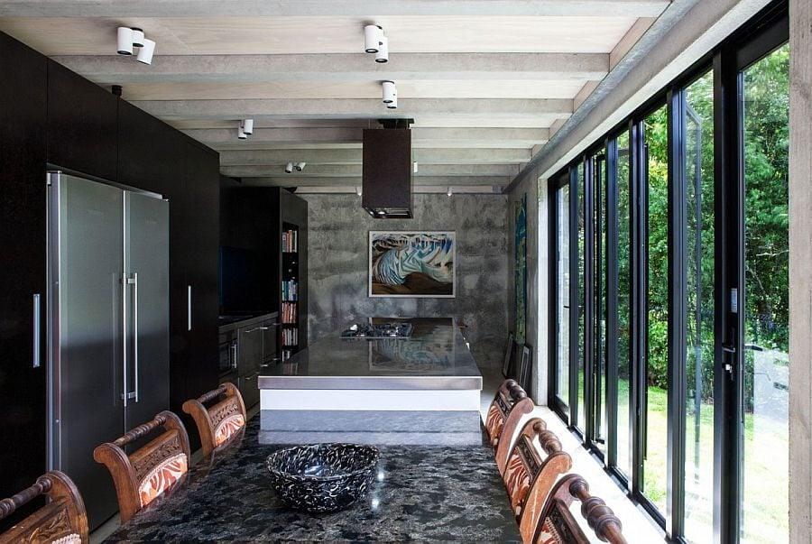 76 Ngôi nhà phong cách công nghiệp với kính, thép là vật liệu chính qpdesign