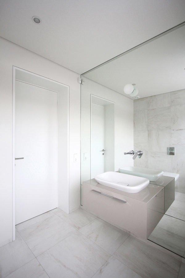 ultra-minimal-bath