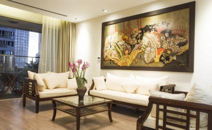 Căn hộ Hà Nội vẫn sang trọng dù sử dụng hầu hết nội thất cũ