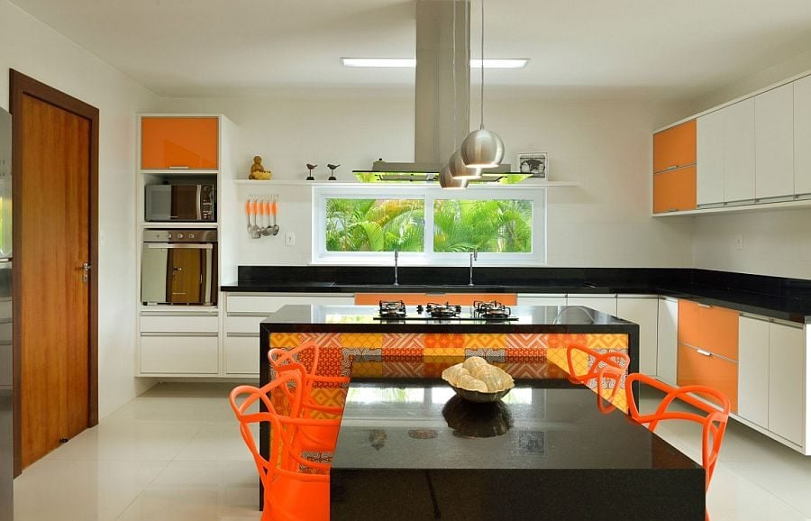 14Fabulous-use-of-orange-and-yellow-in-the-contemporary-kitchen