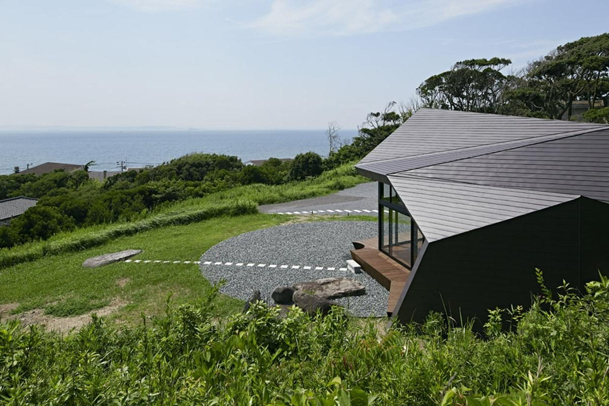 254d581d5e58ece1470000097_villa-escargot-takeshi-hirobe-architects_villaescargot_03-Copy