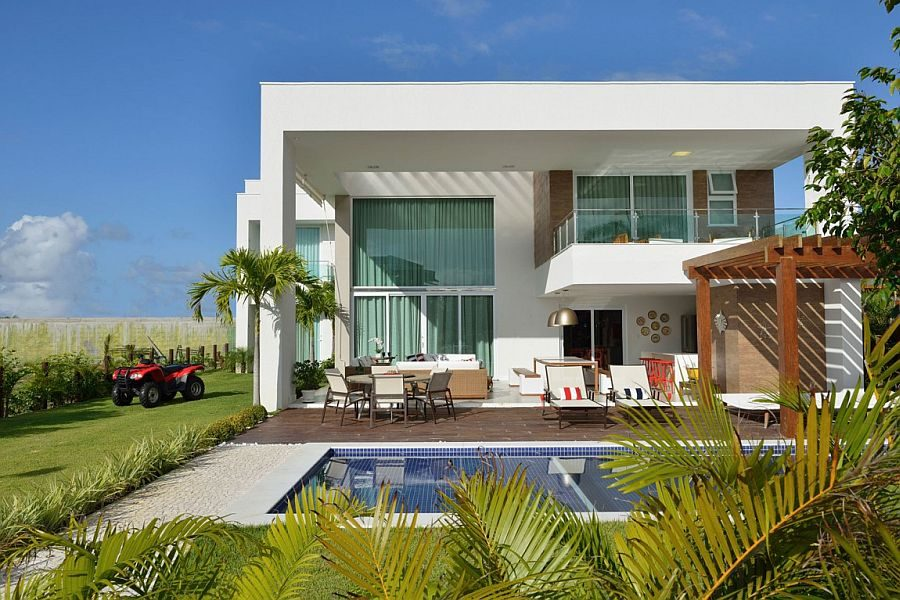 2Contemporary-beach-house-in-Bahia-Brazil