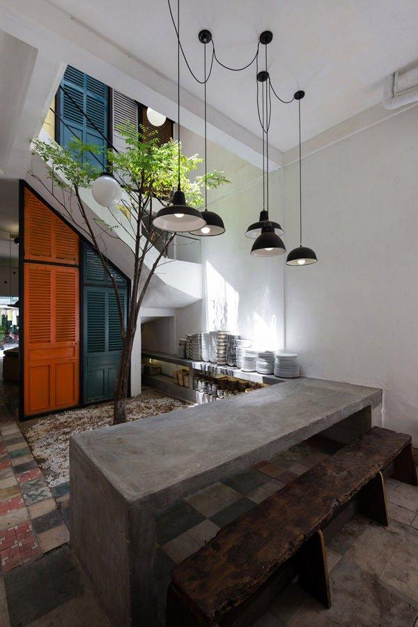 vegan house 9201506271747173977 Vegan House Nhà Sài Gòn cũ được cải tạo đầy sắc màu lên báo Mỹ qpdesign