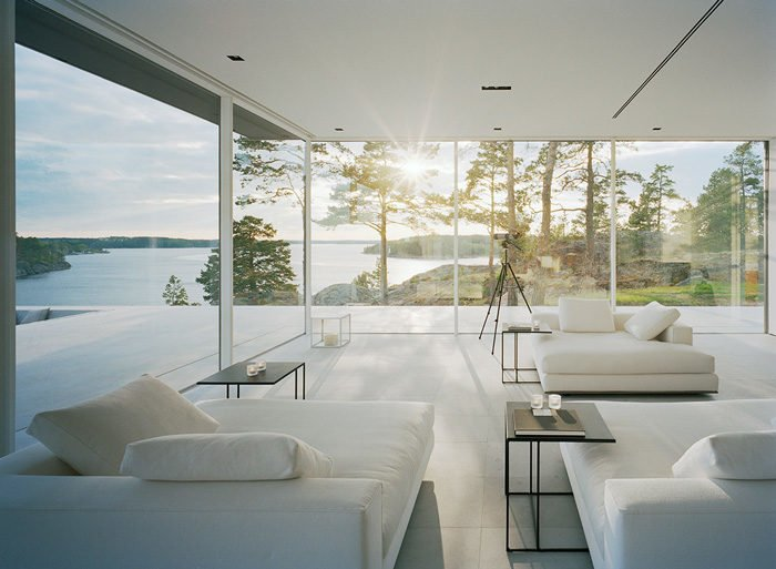10Modern-Lake-House-Living-Room-2