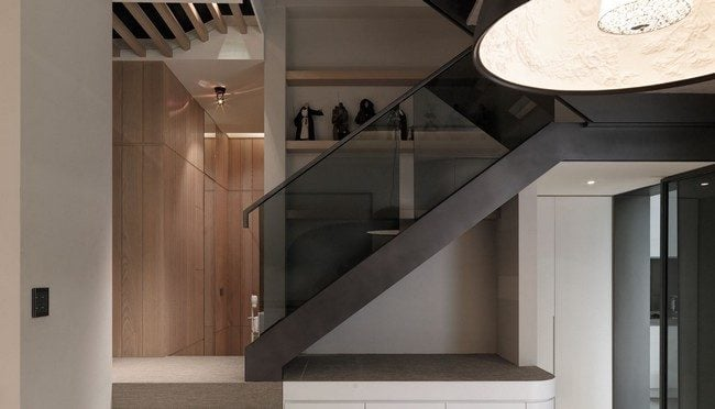 16Multi-Level-Contemporary-Apartment-in-Taiwan-16